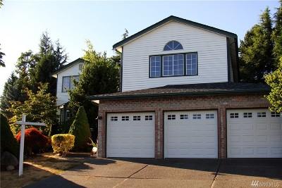 Tacoma Single Family Home For Sale: 5224 Ridge Place NE