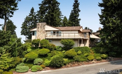 Edmonds Single Family Home For Sale: 1223 Highland Dr