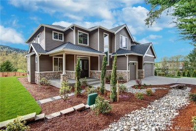 Issaquah Single Family Home For Sale: 912 10th Place NW #7