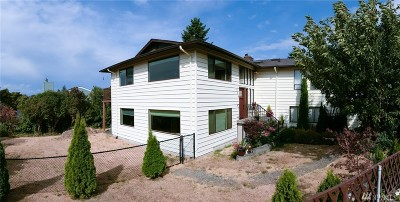 Edmonds Single Family Home For Sale: 554 6th Ave S