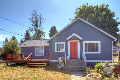 Seattle Single Family Home For Sale: 7025 S 116th St