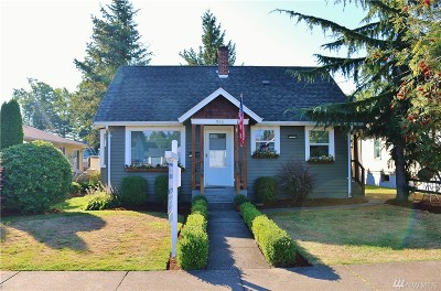 Lynden Single Family Home For Sale: 915 W Grover St