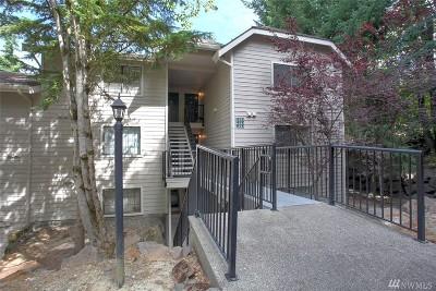 Kirkland Condo/Townhouse For Sale: 12505 NE 116th St #B-13