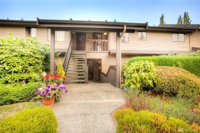 Seattle Condo/Townhouse For Sale: 10644 Glen Acres Dr S