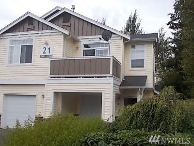 Sammamish Condo/Townhouse For Sale: 1855 Trossachs Blvd SE #2104