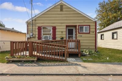 Everett Single Family Home For Sale: 1724 Fulton St