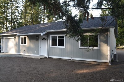 Maple Falls Single Family Home For Sale: 7974 Oregon Trl
