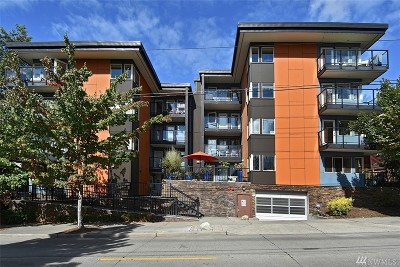 Seattle Condo/Townhouse For Sale: 120 NW 39th St #102