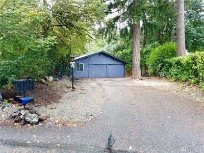 Pierce County Single Family Home For Sale: 139 Candlewyck Dr W