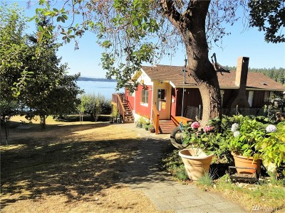Anderson Island Single Family Home For Sale: 14301 Outer Bay Rd