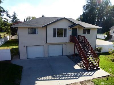 Mount Vernon, Burlington Single Family Home For Sale: 1420 Clancy Ct