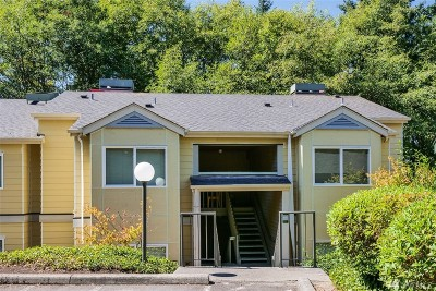 Federal Way Condo/Townhouse For Sale: 31500 33rd Place SW #D102