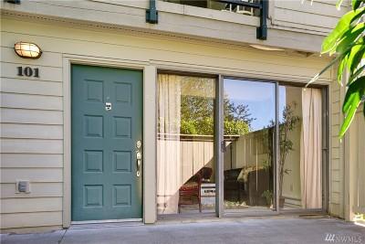 Redmond Condo/Townhouse For Sale: 8835 166th Ave NE #D101