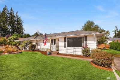 Bothell Single Family Home For Sale: 19 213th St SW