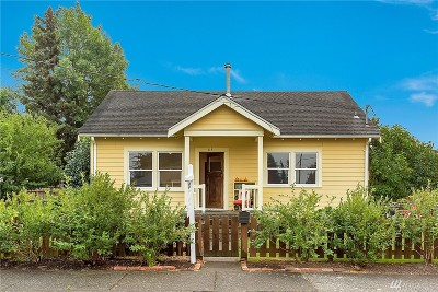 Lynden Single Family Home Contingent: 115 16th Street