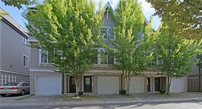 Redmond Condo/Townhouse For Sale: 18283 NE 97th Wy #102