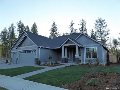 Single Family Home For Sale: 4259 Bogey Dr NE