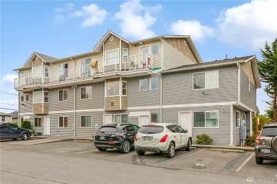Lynnwood Condo/Townhouse For Sale: 3322 148th St SW #E5
