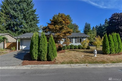 Kirkland Single Family Home For Sale: 9784 NE 126th Place