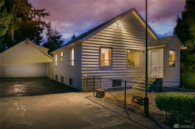 Burien Single Family Home For Sale: 1827 SW 112th St