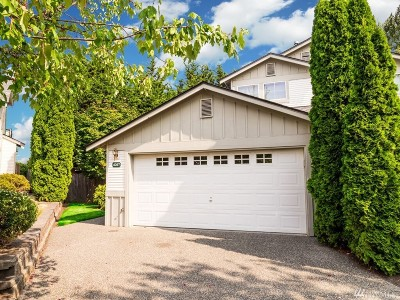 Mountlake Terrace Single Family Home For Sale: 4207 216th St SW