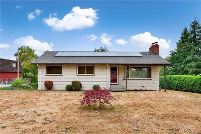 Seatac Single Family Home For Sale: 2426 S 144th St