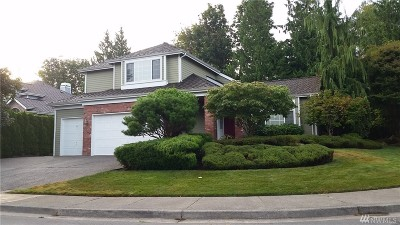 Everett Single Family Home For Sale: 614 40th Place