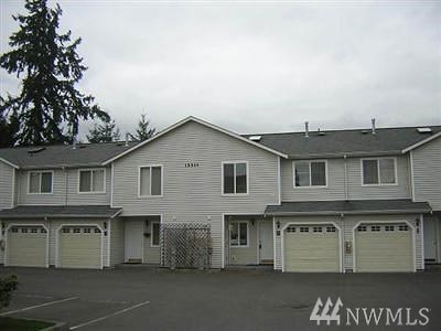 Lynnwood Condo/Townhouse For Sale: 15511 35th Ave W #H