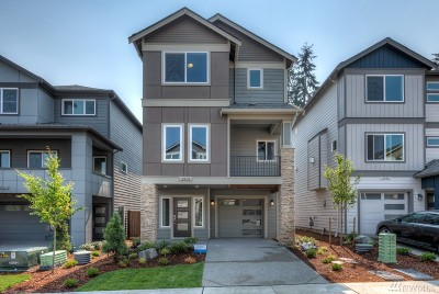 Everett Condo/Townhouse For Sale: 2027 131st St SW #21