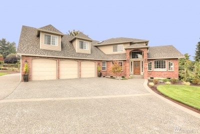 Puyallup Single Family Home Contingent: 6903 86th St E