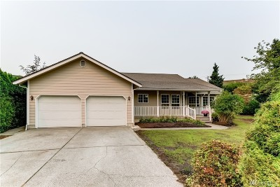 Lynden Single Family Home For Sale: 1802 Fairview Ct