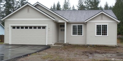 Allyn Single Family Home For Sale: 40 E Cardinal Ct