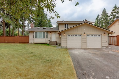Maple Valley Single Family Home For Sale: 24071 197th Place SE