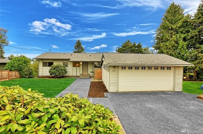 Everett Single Family Home For Sale: 5025 View Dr