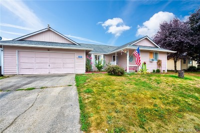 Mount Vernon, Burlington Single Family Home For Sale: 1309 Crystal Lane