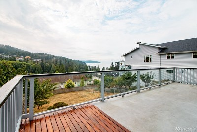 Anacortes Single Family Home For Sale: 4509 Kingsway
