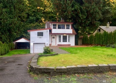 Burien Single Family Home For Sale: 2460 SW 172nd St