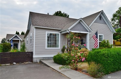 Lynden Single Family Home For Sale: 110 S First St