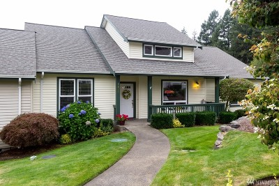 Gig Harbor Condo/Townhouse For Sale: 2620 18th Av Ct NW