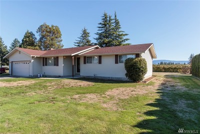 Lynden Single Family Home Sold: 200 Pole Rd