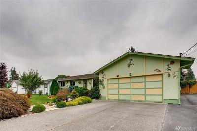 Everett Single Family Home For Sale: 12 E Marilyn Ave