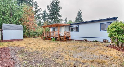 Bonney Lake Single Family Home Contingent: 12136 223rd Ave E