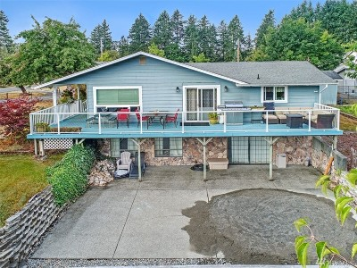 Puyallup Single Family Home For Sale: 6713 120th St E