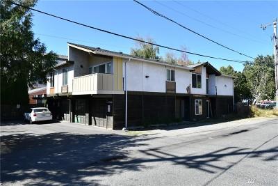 Shoreline Multi Family Home For Sale: 3024 NE 145th St
