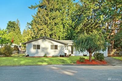 Redmond Single Family Home For Sale: 9006 210th Place NE