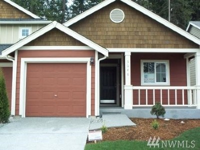 Lacey Single Family Home For Sale: 5048 Roxanna Ct SE