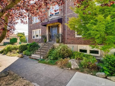 Seattle Condo/Townhouse For Sale: 4255 Linden Ave N #1
