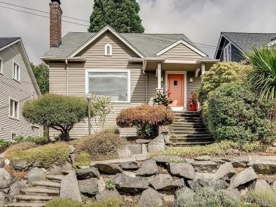 Single Family Home For Sale: 120 NE 51st St
