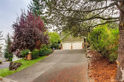 Sammamish Single Family Home For Sale: 915 225th Ct NE