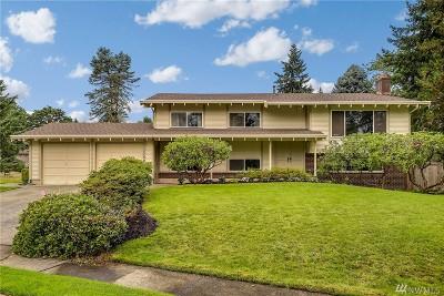 Redmond Single Family Home For Sale: 17504 NE 21st St